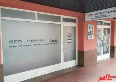 reklama_media_djakovo_oslikavanje_izloga_geo_vrtaric_2