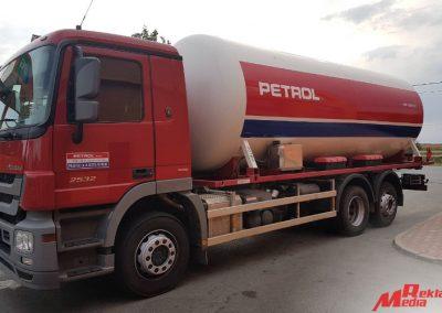 reklama_media_djakovo_oslikavanje_vozila_cisterne_petrol_4